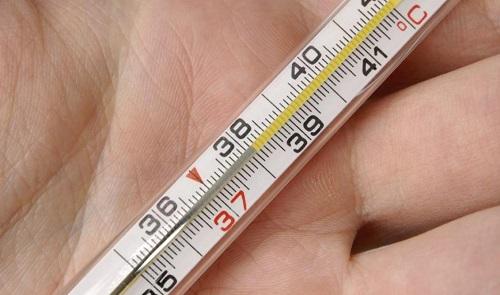 Причины температуры 38 без симптомов у взрослого и что делать в домашних условиях