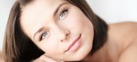 Почему шелушатся брови: причины и лечение у женщин и мужчин
