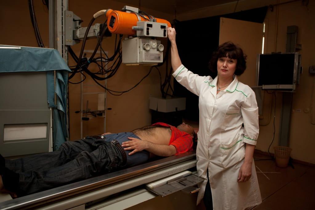 Что можно увидеть на рентгене брюшной полости