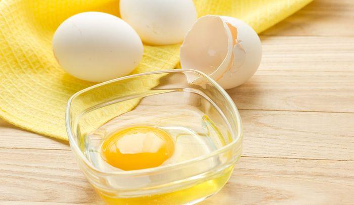 маска из яйца с желтком и без для лица от морщин - рецепты и отз