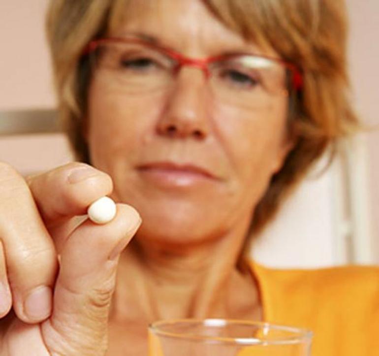 Противопоказания к гормонным медикаментам