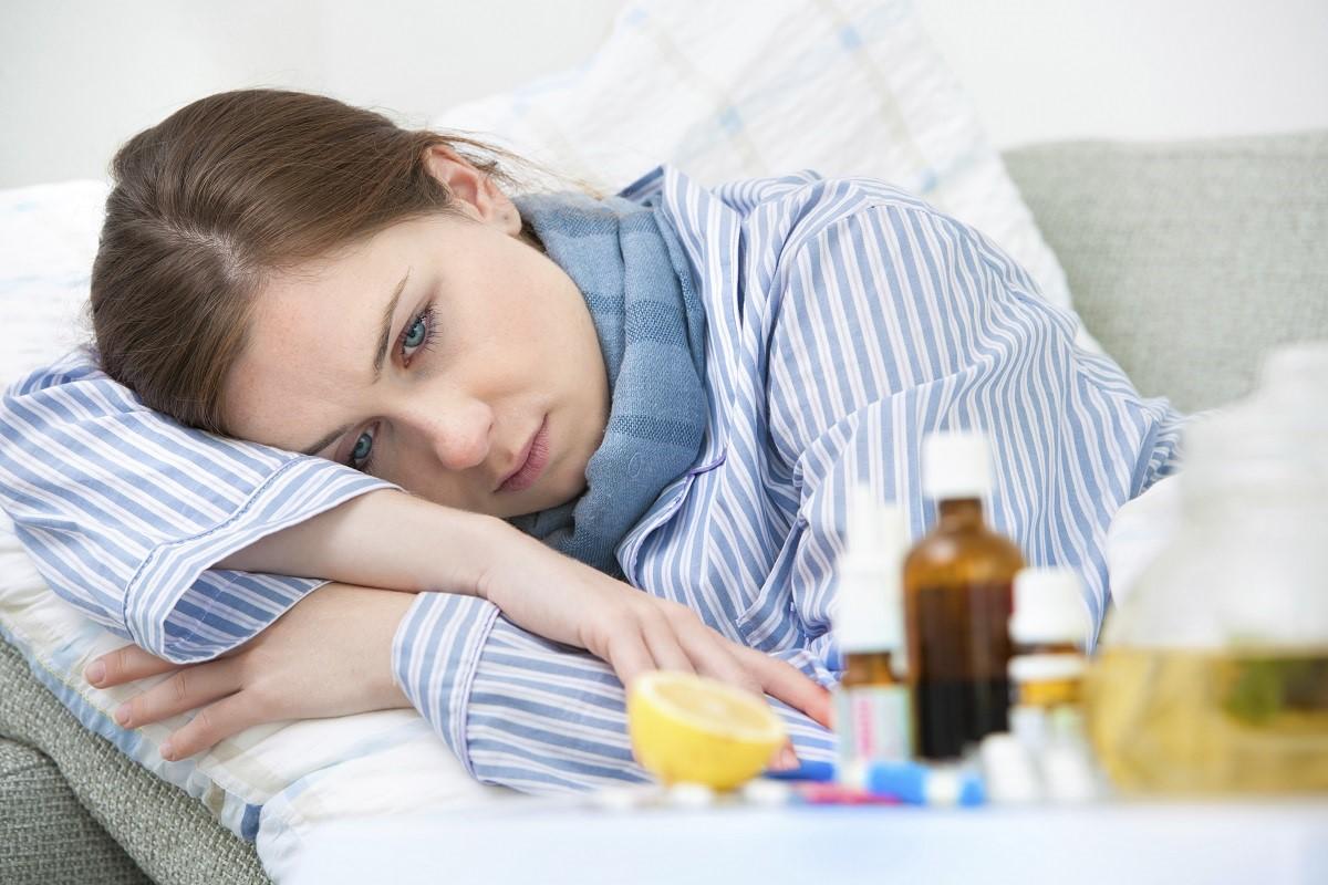 Прием лекарств, купленных в аптеке, может привести к серьезным побочным эффектам