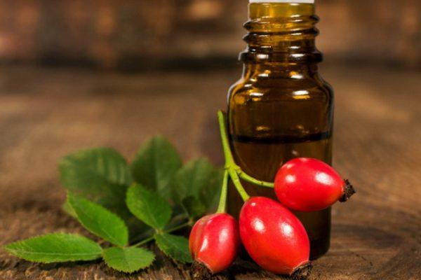 Как подобрать базовые и эфирные масла для своего типа кожи