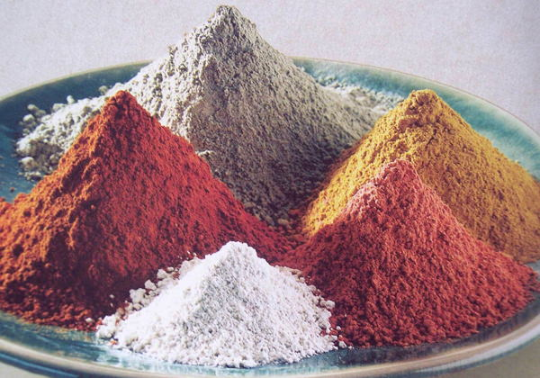 Полезные свойства глины для организма. Виды косметической глины