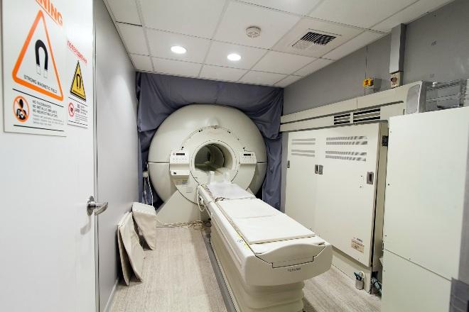 Сверхвысокопольный МР-томограф