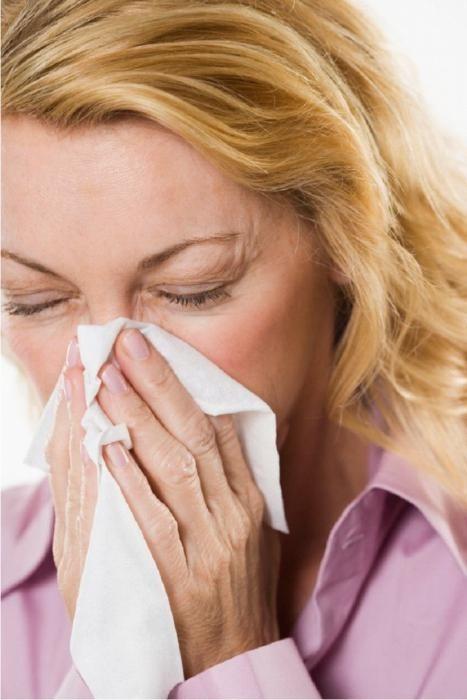 Основным лечение гайморита является назначение капель в нос