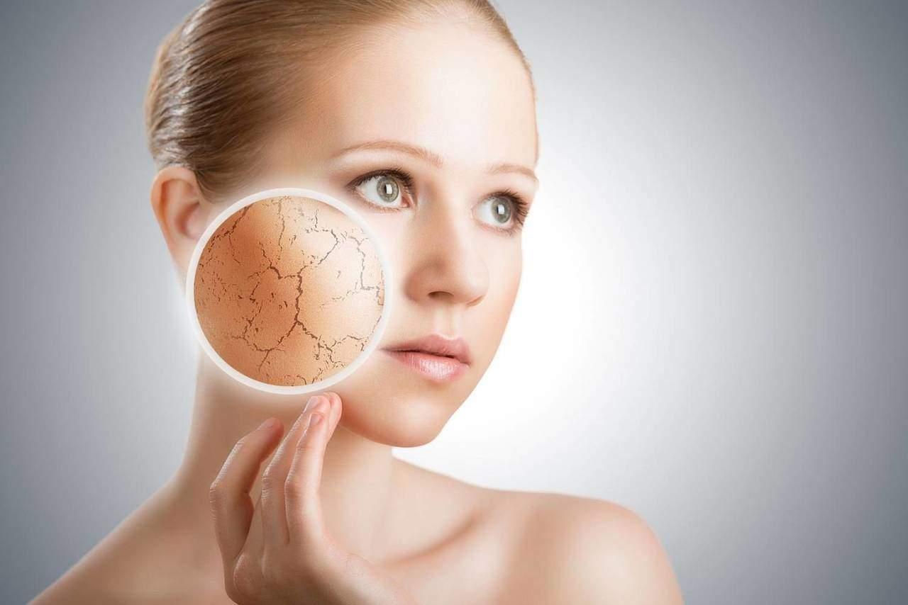Маска для лица из розовой глины для сухой кожи лица