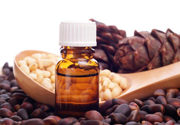кедровое эфирное масло применение фитоэссенции кедра для кожи лица