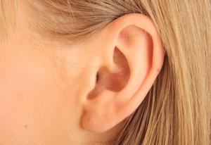 Как избавиться от корочки в ушах